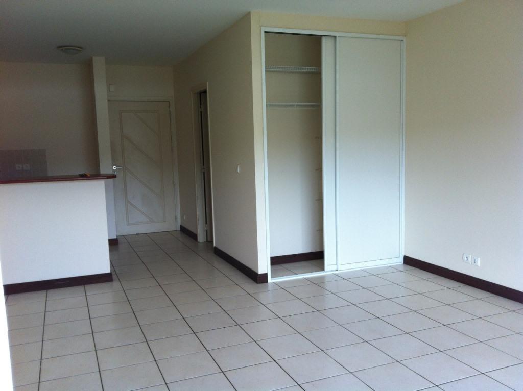 Appartement f1 porte de fer dclicimmo for Simulateur sdb