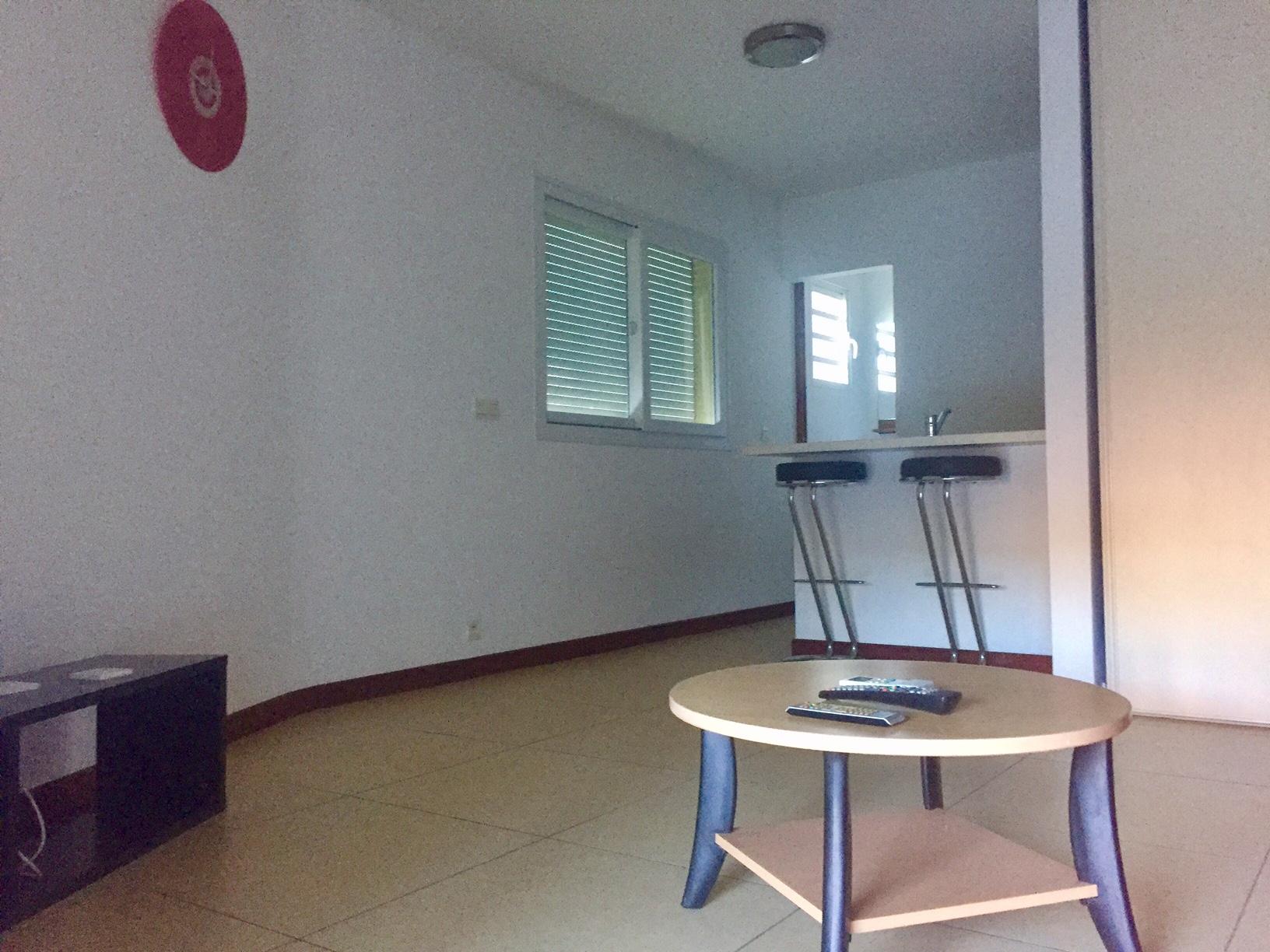 Appartement f1 meubl pk6 dclicimmo - Imposition appartement meuble ...